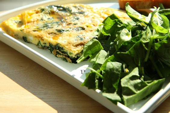 Frittata ze szpinakiem (szybkie śniadanie w wersji de luxe) 3