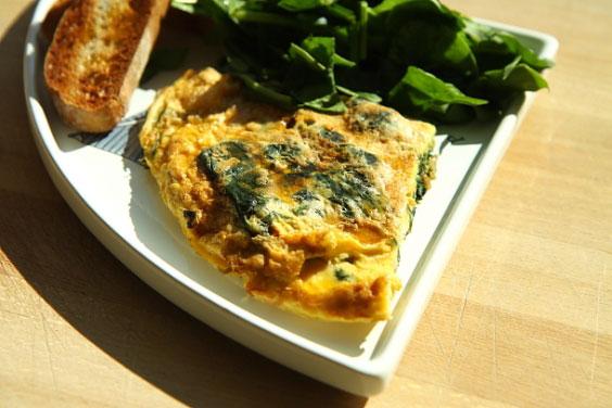 Frittata ze szpinakiem (szybkie śniadanie w wersji de luxe) 7