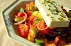 Greek salad S_10