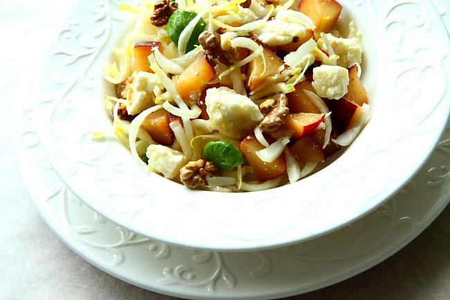 Salatka z serem i sliwkami L_03