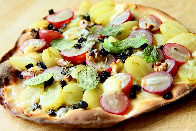 Pizza z owocami L_14