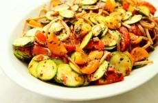 Makaron z pomidorami i cuk L_01