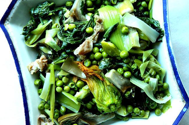 Warzywa duszone z labraksem L_06