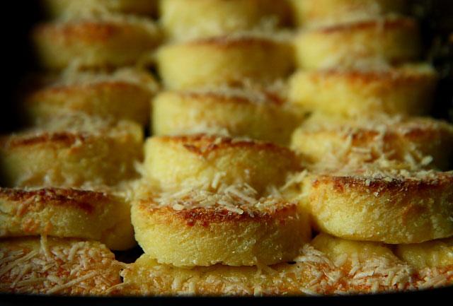 Gnocchi alla Romana z semoliny