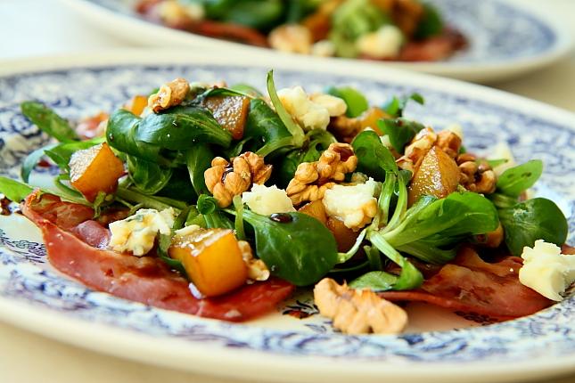 Salatka z baleronem L_10