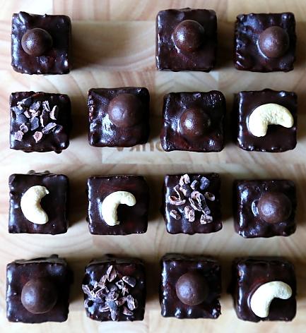 Choco cubes L_07