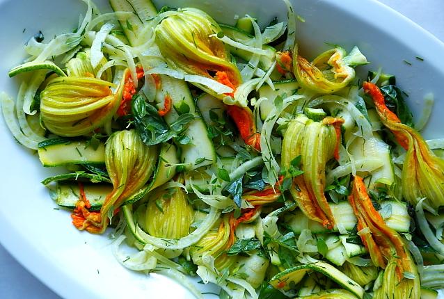 Salatka kwiaty cukinii L_006