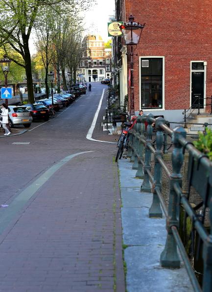 Amsterdam L_100