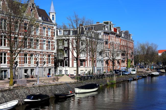 Amsterdam L_182