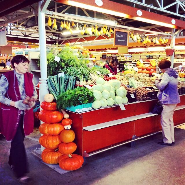 central tirgus warzywa