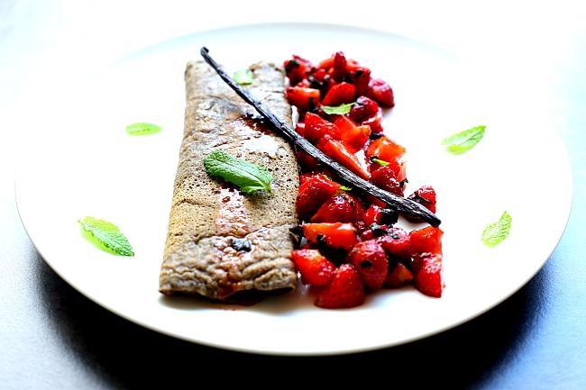 Omlet salsa z truskawek L_05