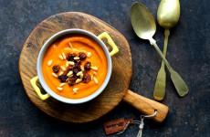 Zupa z dyni i sliwek L_08