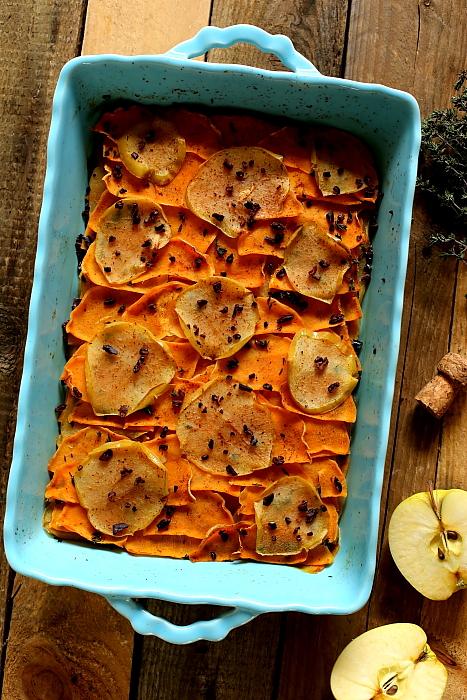Zapiekanka z jabłek i batatów