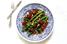Salatka szparagi truskawki L_04
