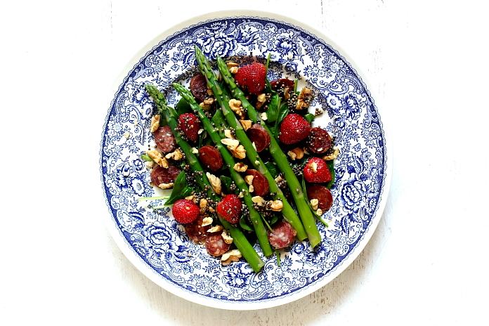 Salatka szparagi truskawki L_08