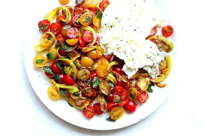 Burrata z pomidorami L_01