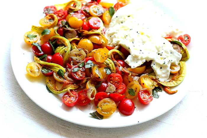 Burrata z pomidorami L_05