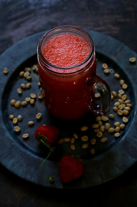 Koktajl truskawkowy z kawa L_03