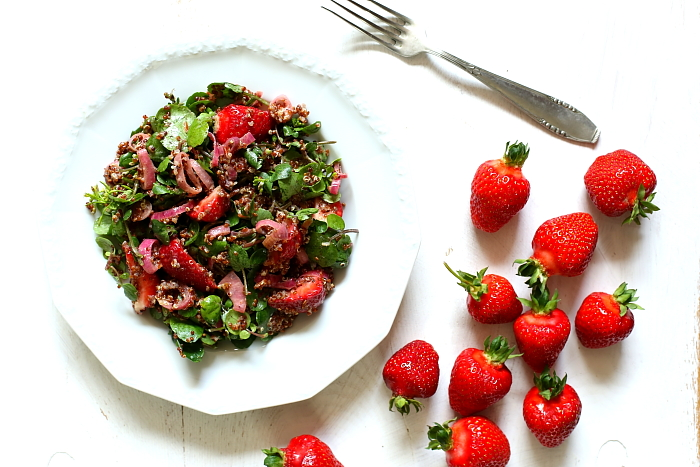 Salatka komosa truskawki L_06