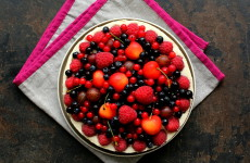 Sernik z owocami L_01