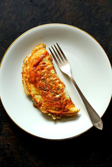 Omlet jak bruschetta L_05