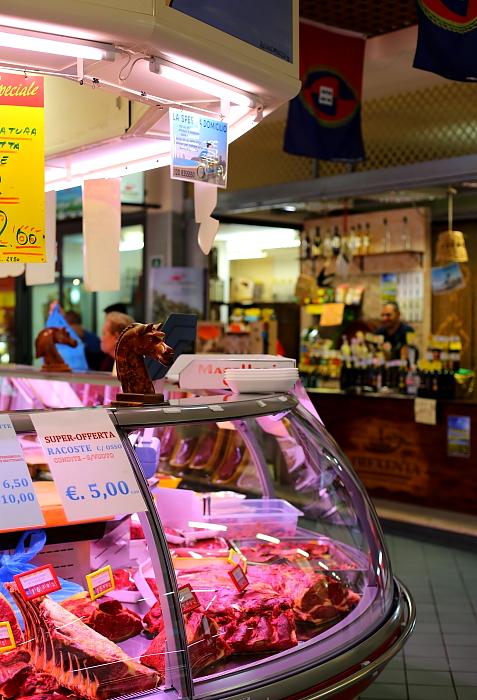 Cagliari market L_04