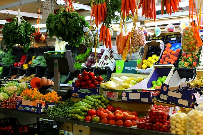 Cagliari market L_20