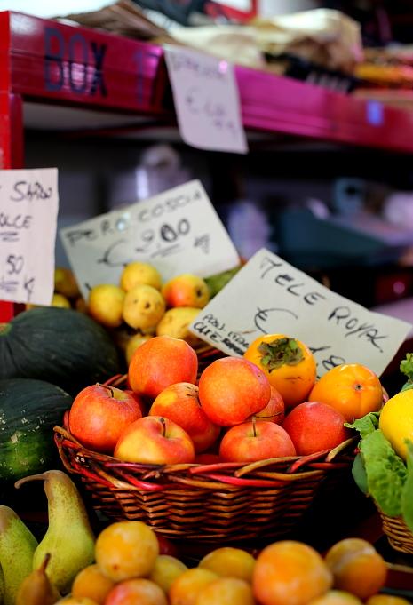 Cagliari market L_21