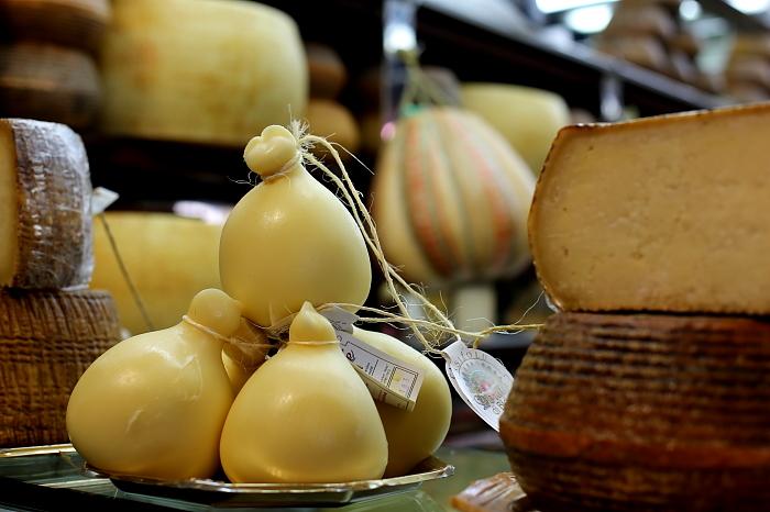 Cagliari market L_25