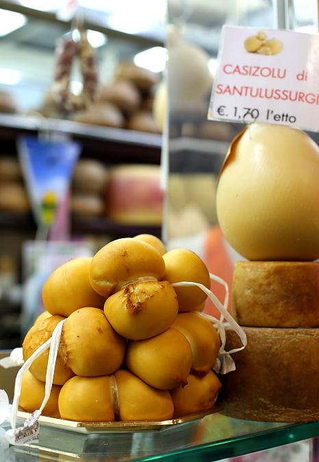 Cagliari market L_29