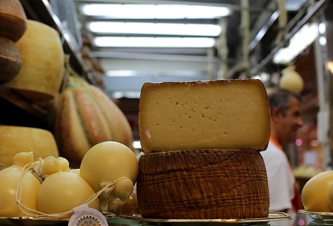 Cagliari market L_32