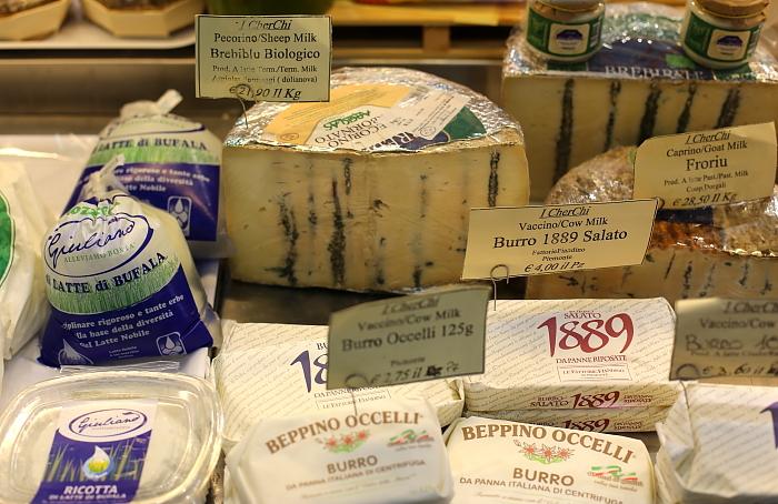 Cagliari market L_37