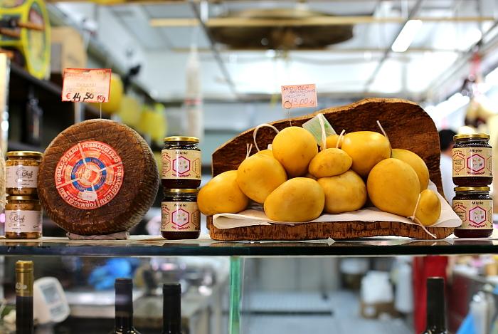 Cagliari market L_47