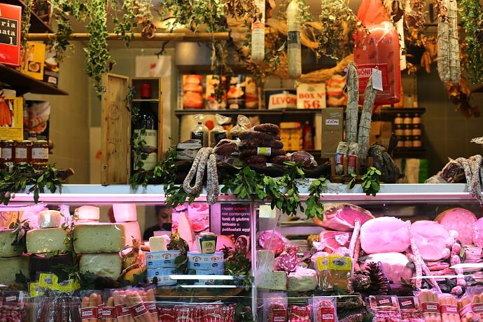 Cagliari market L_54