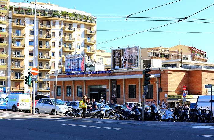 Cagliari market L_58