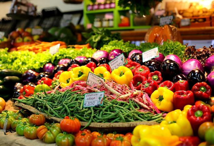 Cagliari market L_74