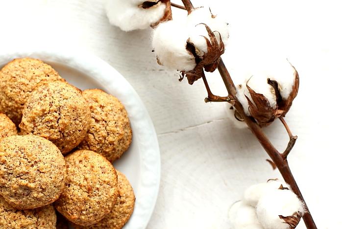 Amaretti – włoskie ciasteczka migdałowe bezglutenowe