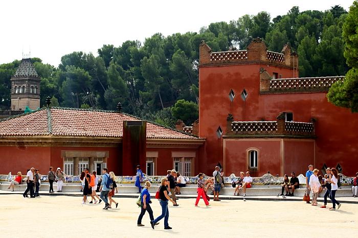 Barcelona - Gaudi L_09