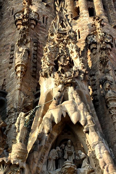 Barcelona Gaudi L_100