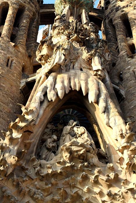 Barcelona Gaudi L_101