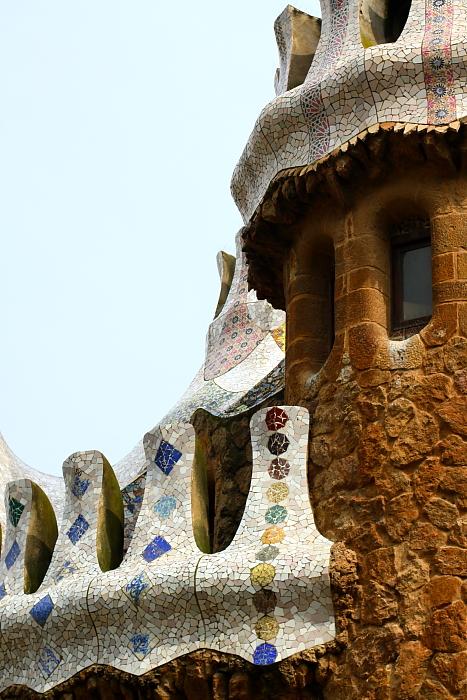 Barcelona - Gaudi L_19