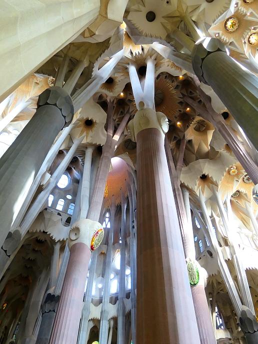Barcelona - Gaudi L_39