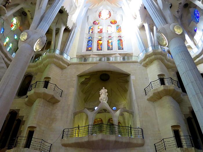 Barcelona - Gaudi L_41
