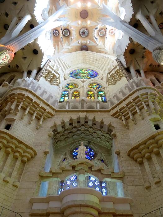 Barcelona - Gaudi L_46