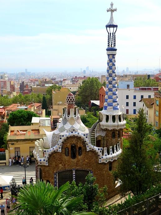 Barcelona - Gaudi L_87