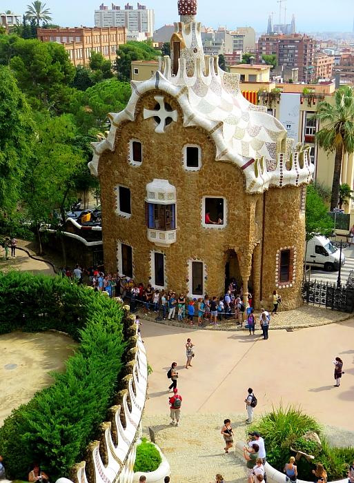 Barcelona - Gaudi L_88