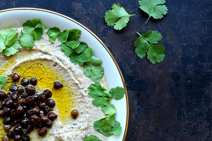 Hummus z czarnej ciecierzycy