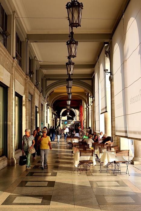 Kawiarnie w Cagliari L_18