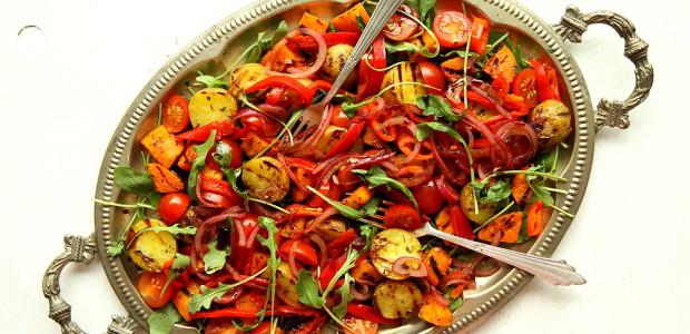 Sałatka z grillowanych ziemniaków
