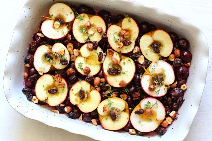 Jabłka pieczone z wiśniami